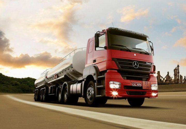 O que todo caminhoneiro deve saber sobre cargas perigosas