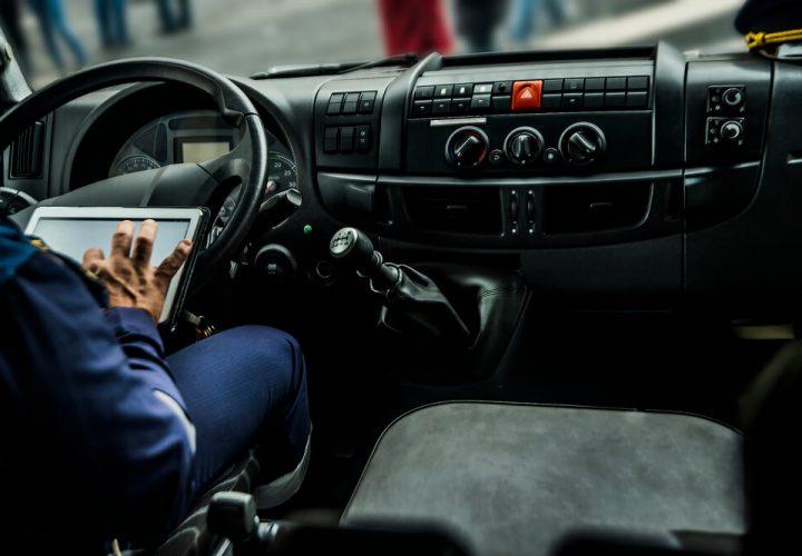 Tecnologias que ajudam a vida do caminhoneiro